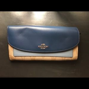 Large Coach Wallet Blue and Tan